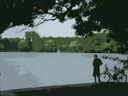 Maschseeufer mit Fahrradfahrer